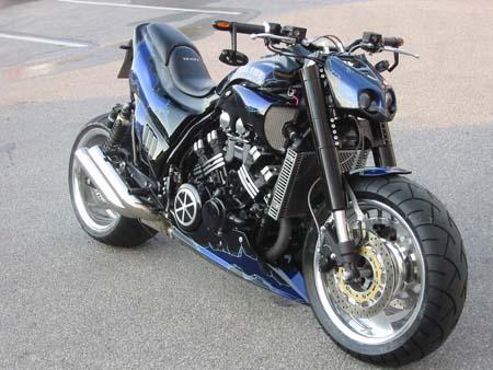 Yamaha U Specifications